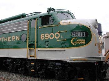 E8: Southern #6900 Diesel Scheme